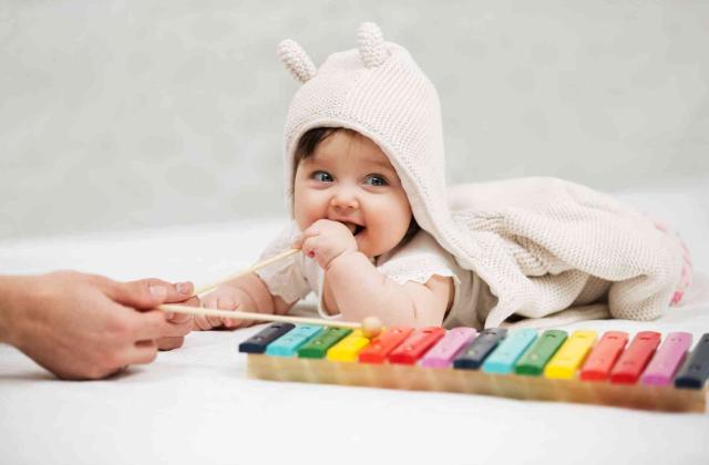 Mit Tönen verwöhnen Baby-Kurs